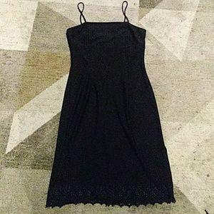 Alyn Paige Black Dress 9/10